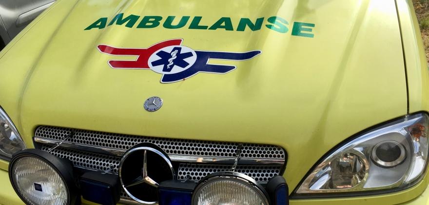 To til sjukehus etter trafikkulykke