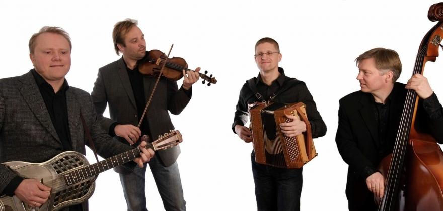 Kvarts med konsert i Hol gamle kyrkje