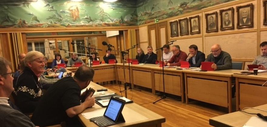 Den lange kommunestyremøtedagen