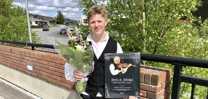 Minnepris til Mikkel Aasberg Arnesen