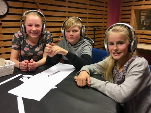 !Laget fra Leveld i studio. Elin Thoen, Olav Gullhagen og Guro Molde Lappegard (arkivfoto)