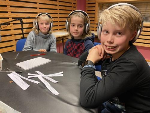 !Laget frå Nedre Ål. Frå v: Sol Gundersen, Henning Steinbråten Halvorsgard og Kasper Runningshaugen Wikstrand. Foto: Rita Stavn